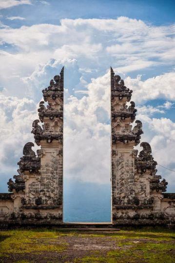 Pura Lempuyang door
